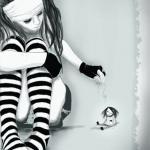 איור הגלויה הסודית- kmay Karen May Metcalfe קרן מאי מטקלף